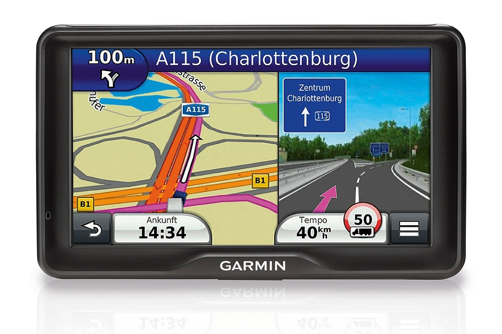 garmin pr sentiert speziellen lkw navi mit 7 zoll display. Black Bedroom Furniture Sets. Home Design Ideas