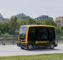 Robo-Taxi_Continental_autonom_cube_web Continental zeigt Nahbereichsradarsensor, vernetzte Reifen und lernende Autos