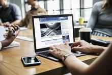 """computer-pixabay_Telematik-Markt_web """"Fahrermangel vs. Frachtaufkommen"""": Neue Fachzeitung greift Top-Themen der Transport-Branche auf"""