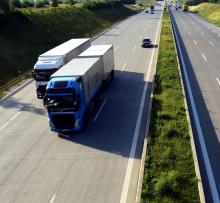 """truck_pixabay_Telematik-Markt_web_13 """"Das Land und die Betriebe müssten digitalisiert werden"""" – #TelematikTalk zu Transport und Logistik nach Corona"""
